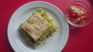 Rybí filé na hráškovém pyré s rýží